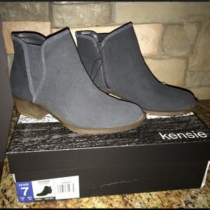 Kensie Gerona Womens Grey Suade Ankle Boots Size 7